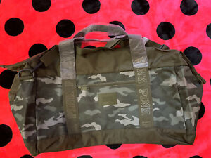 VICTORIA'S SECRET PINK LARGE CAMOUFLAGE DUFFLE OVERNIGHT BAG NEW
