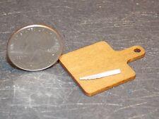 Dollhouse Miniature Cutting Board & Knife B 1:12 inch scale H46 Dollys Gallery