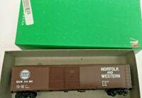 HO scale Bowser 50' double door boxcar Norfolk western N&W 318360