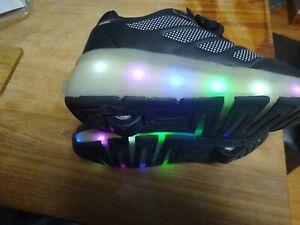 Black Healys shoes  flashing movement sensor lights size 13.5/1/eur 32