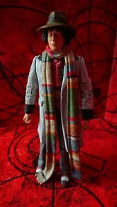 DOCTOR WHO CLASSIC ACTION FIGURE THE 4th FOURTH DOCTOR  TOM BAKER
