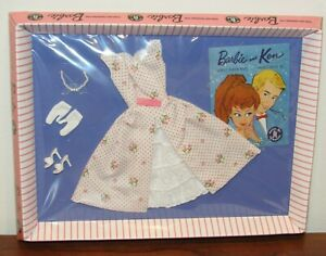Let's Play Barbie #931 Garden Party Reproduction Repro Fashion 2011 #W3507