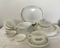 """40 Pc VINTAGE PYREX CORELLE by Corning """"Butterfly Gold"""" DISH SET"""