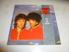 """GARY MOORE & PHIL LYNOTT - Out In The Fields - 1985 7"""" Vinyl Single"""