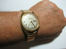 Vintage Bulova Accutron Caliber 2182,Day/Date, Battery powered Analog Mens Watch