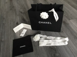 Chanel Small Dust Bag/Pouch with Gift Bag Ribbons And Card