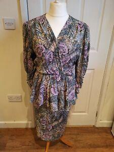 Vintage 1980s Size 10-12 Sonja Modelle Purple Floral Peplum Midi Wrap Dress