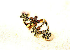 Vintage style four bronze black plum flowers twist ring