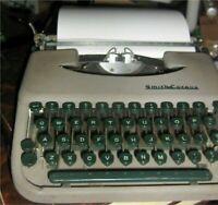 Vintage Smith Corona Manual Typewriter, Skywriter,Skyriter