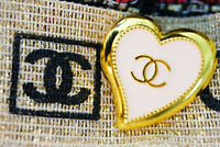 One Stamped Vintage Heart Chanel Button logo cc gold