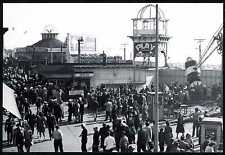 1940s SAN FRANCISCO PLAYLAND AMUSEMENT PARK with MIDWAY CROWD~NEW 1980 POSTCARD