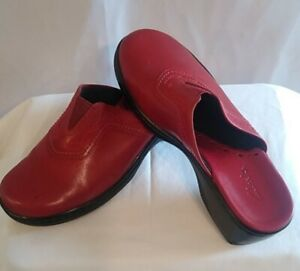 Clarks Womens Red Leather Heel Clogs Mule Shoes 7