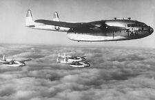 Enmarcado impresión Guerra de Corea C-119 avión sobre Corea del Norte 1951 (militar Foto)