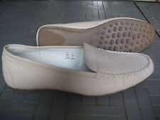 CHAUSSURES FEMME TAILLE 39      NEUVES