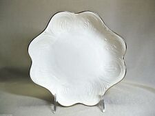 Lenox China . Saybrooke Gold Collection . Scalloped Edge Bowl