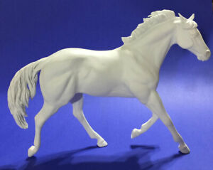 Traditional Size Unpainted Artist Resin Stock Horse Gelding, KEPLAR
