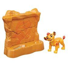 Disney Lion Guard figura con Accesorio The-Kion 's Toppling Rock Pared * nuevo *