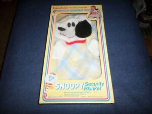 New Vintage Knickerbocker Snoopy Security Blanket NEW In Original Box
