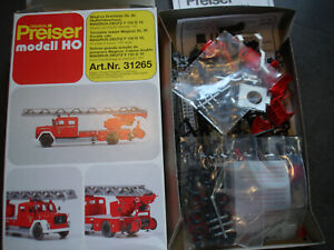 Preiser 31265  Feuerwehr  Magirus Drehleiter DL30 Bausatz