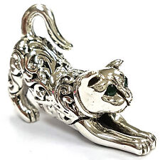 COLLECTABLE VICTORIAN STYLE CROUCHING CAT FIGURINE EMERALD 925 STERLING SILVER