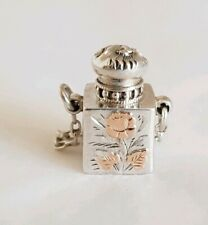 A Sterling silver Miniature scent bottle. Birmingham 1901. By Tongue & Walker