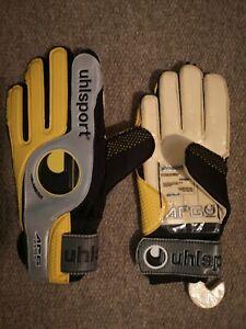 Uhlsport APG Plus AirMesh Euro 2000 Goalkeeper Gloves Size 9 Brand New **Toldo**