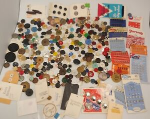 Nice Mixed Lot of Vintage / Antique Buttons from New England Estates