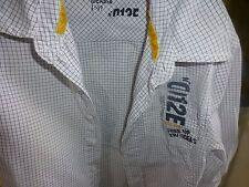 4ans ,garçonnet chemise  okaidi manches longues ,poche ,blanc petits carreaux