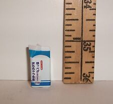 MINIATURE RE-MENT CARTON OPEN MEDIUM CREAM FOR DOLLS 1/6 SCALE ACCESSORY RETIRED