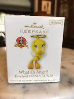 Hallmark What An Angel ! Tweety Looney Tunes Ornament 2010