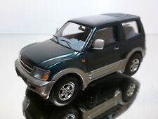 MTECH MITSUBISHI PAJERO - GREEN + GREY 1:43 - EXCELLENT CONDITION - 12/14