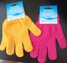 EXFOLIATING BATH GLOVE massage and clean on the shower