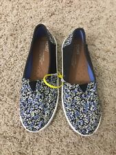 New Toms Blue Floral Slip Ons Size 3 Youth
