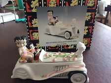 Betty Boop Bed Of Roses Excalibur Snack Dish