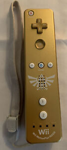Nintendo Wii Remote Limited Edition Gold Legend of Zelda Skyward Sword WiiMote!