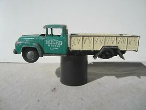 MICRO MODELS FORD V8 TRAY TRUCK.