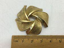 Vintage Gold Tone Overlap Petal Brooch