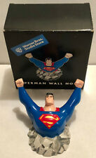 1999 WARNER BROS STUDIO STORE EXCLUSIVE ANIMATED SUPERMAN PORCELAIN WALL HOOK