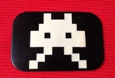 80's Arcade Space invasore nera e bianca KILLER BOMBA Cintura Fibbia