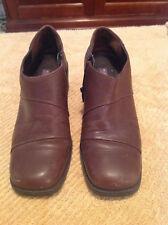 Sandler of Boston Womens Ankle Heel Booties Sz 7M Brown Leather Slip On Zip Up