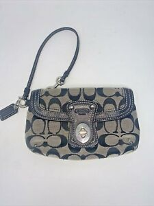 COACH SIGNATURE JACQUARD AND LEATHER WRISTLET WALLET ZIP & TURN LOCK BLACK GRAY