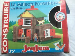 Idée cadeau MAISON FORESTIERE JEUJURA. JEU DE CONSTRUCTION EN BOIS
