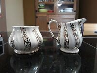 Sadler Vintage Creamer And Sugar. Gold Trim. Made in England. Very Attractive