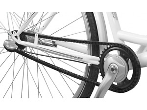 Clip-on chain guard for single speed bicycle, black