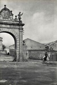 1953 Segovia Spain Baroque Gate Horse Vintage Photo Art By Henri Cartier-Bresson