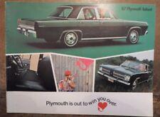 Plymouth Valiant 100 & con sigillo originale 1967 USA Mkt opuscolo di formato più grande di vendita