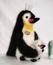 1989 GUND Collector's Classic POPSIE Stuffed KING Plush PENGUIN with BABY CHICK