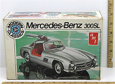 Vintage AMT 1:25 Mercedes-Benz 300SL Model Kit T412 German Grand Touring Coupe