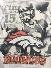 VTG.Tim Tebow #15 Denver Broncos NFL Adult Gigantic Tim Picture T-shirt XL.