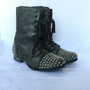 Steve Madden Tarnney Combat Boots Size 8M Army Green Spiked Studded Rubber Sole